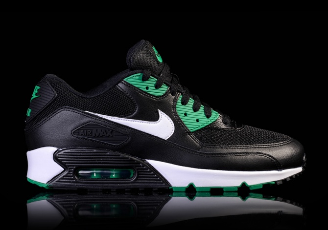 NIKE AIR MAX 90 ESSENTIAL 'BLACK/LUCID GREEN'
