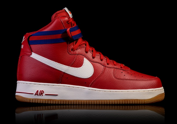 NIKE AIR FORCE 1 HIGH '07 GYM RED