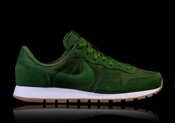 NIKE AIR PEGASUS 83 'FOREST GREEN'