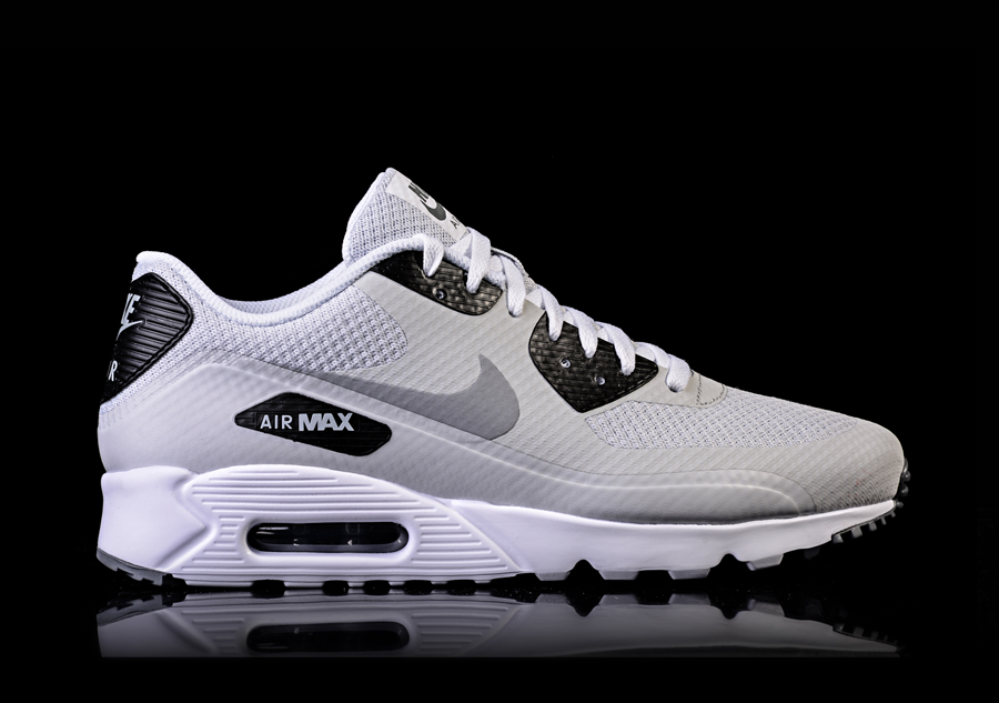 nike air max 90 ultra essential pure platinum for 117 50. Black Bedroom Furniture Sets. Home Design Ideas