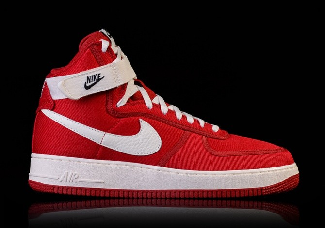 NIKE AIR FORCE 1 HIGH RETRO GYM RED