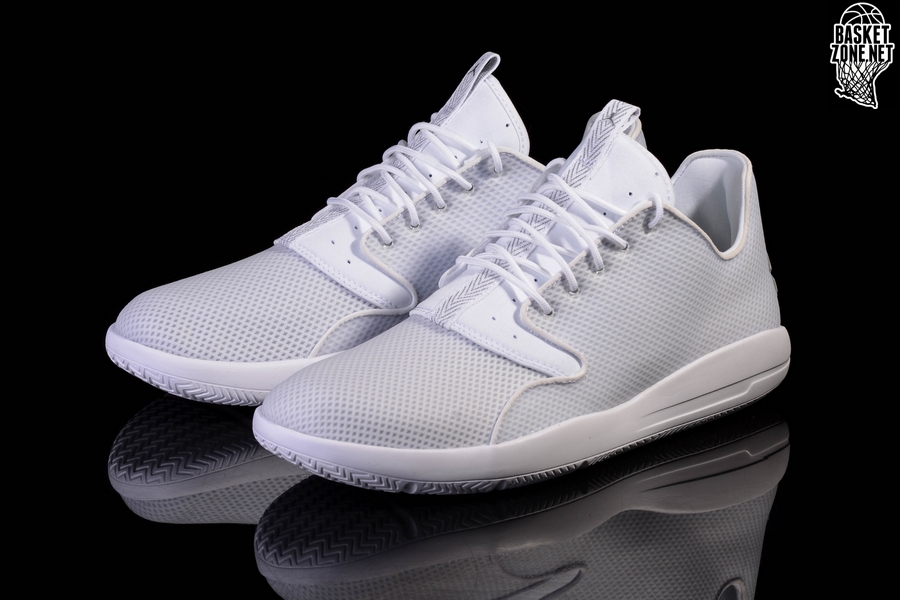e8e4e3d567cf11 air jordan eclipse white