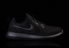 Nike Roshe Two iD Shoe. Nike DK