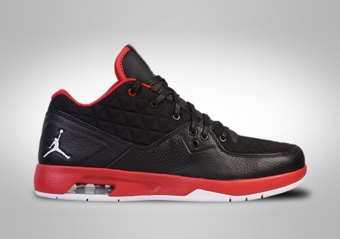 NIKE AIR JORDAN CLUTCH BRED