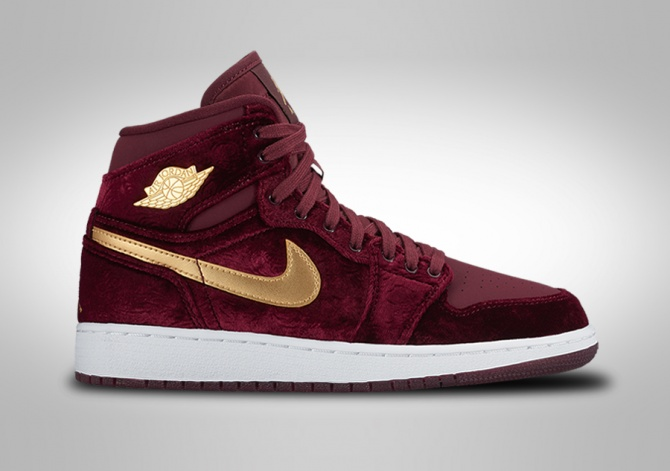 NIKE AIR JORDAN 1 RETRO HIGH HEIRESS VELVET GG (SMALLER SIZE)