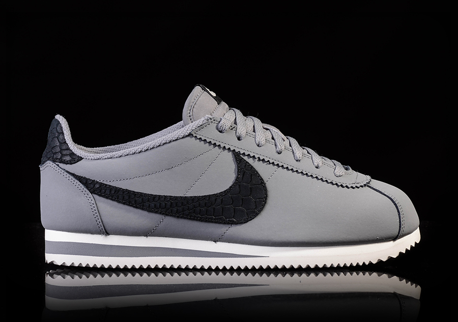 various colors a74f9 a2001 NIKE CLASSIC CORTEZ LEATHER SE COOL GREY BLACK-PURE PLATINUM-SAIL price  €79.00   Basketzone.net