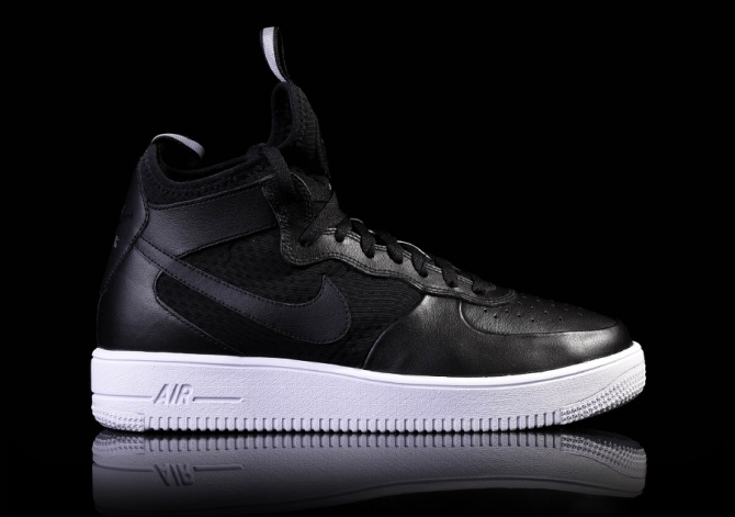 AIR FORCE 1 ULTRAFORCE MID BLACK/BLACK-WHITE