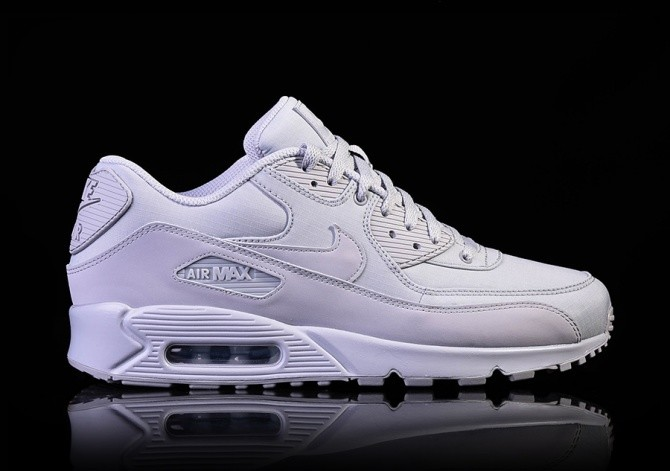 the latest 0d32f 3fec2 NIKE AIR MAX 90 ESSENTIAL WOLF GREY