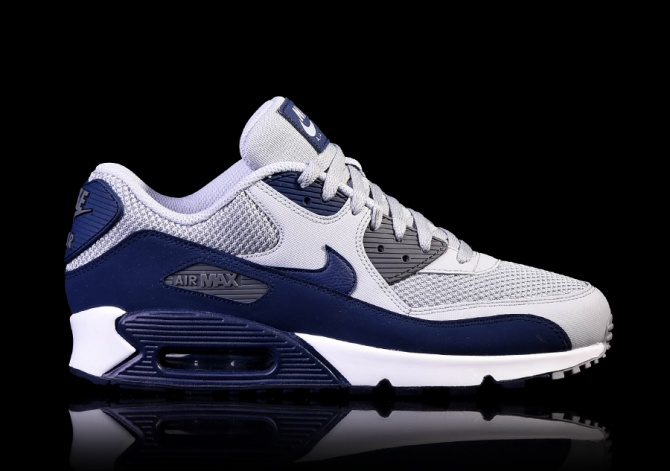 the latest e6852 a697b NIKE AIR MAX 90 ESSENTIAL WOLF GREY ...