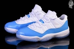 88cb0a88b5bf NIKE AIR JORDAN 11 RETRO LOW UNC NORTH CAROLINA BLUE per €167