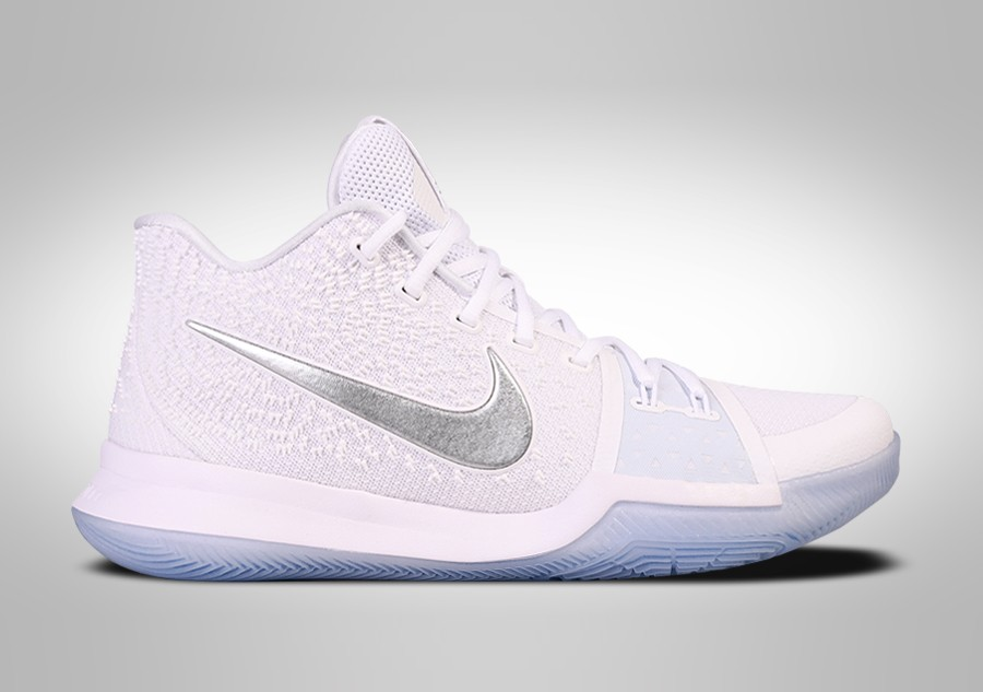 official photos f7ee3 06e37 NIKE KYRIE 3 CHROME price €115.00 | Basketzone.net