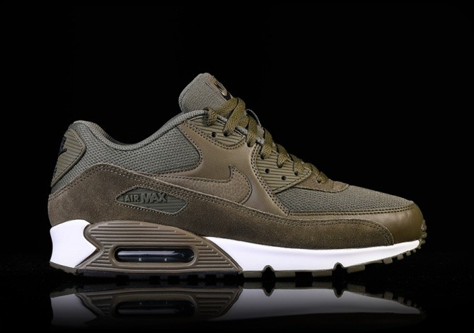 NIKE AIR MAX 90 ESSENTIAL MEDIUM OLIVE price €115.00 | Basketzone.net