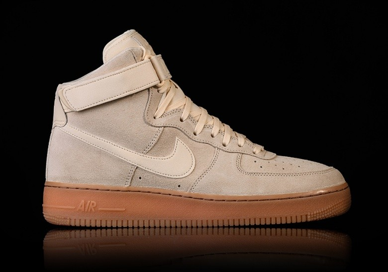 NIKE AIR FORCE 1 HIGH '07 LV8 SUEDE MUSLIN