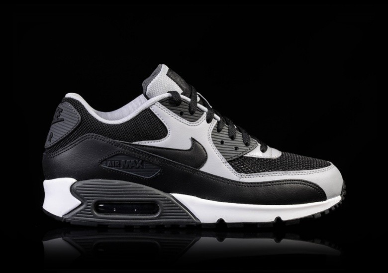 NIKE AIR MAX 90 ESSENTIAL GREY ANTHRACITE pour </p>                     </div> 		  <!--bof Product URL --> 										<!--eof Product URL --> 					<!--bof Quantity Discounts table --> 											<!--eof Quantity Discounts table --> 				</div> 				                       			</dd> 						<dt class=