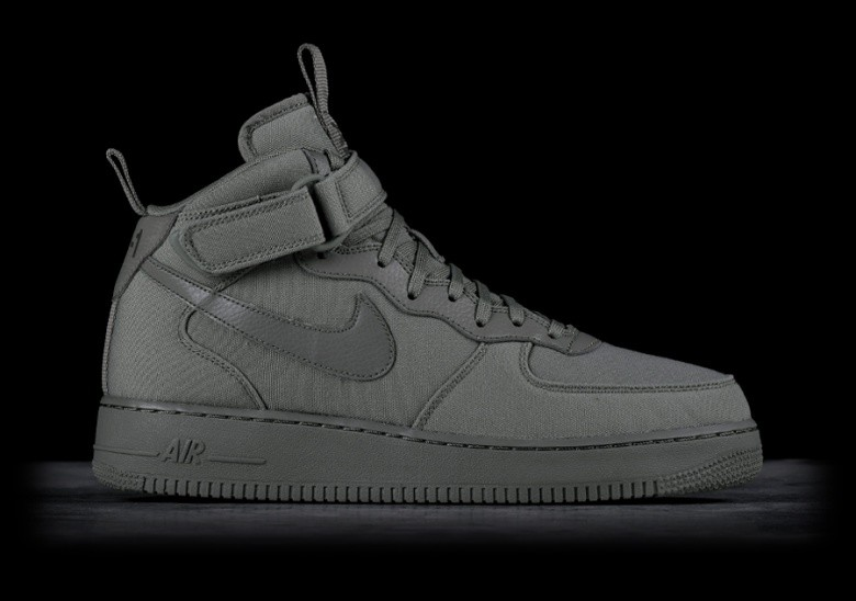 e0d291addcb6 NIKE AIR FORCE 1 MID  07 CANVAS DARK STUCCO pour €109