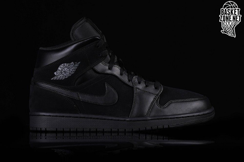 632c1c60d33 NIKE AIR JORDAN 1 RETRO MID TRIPLE BLACK pour €99