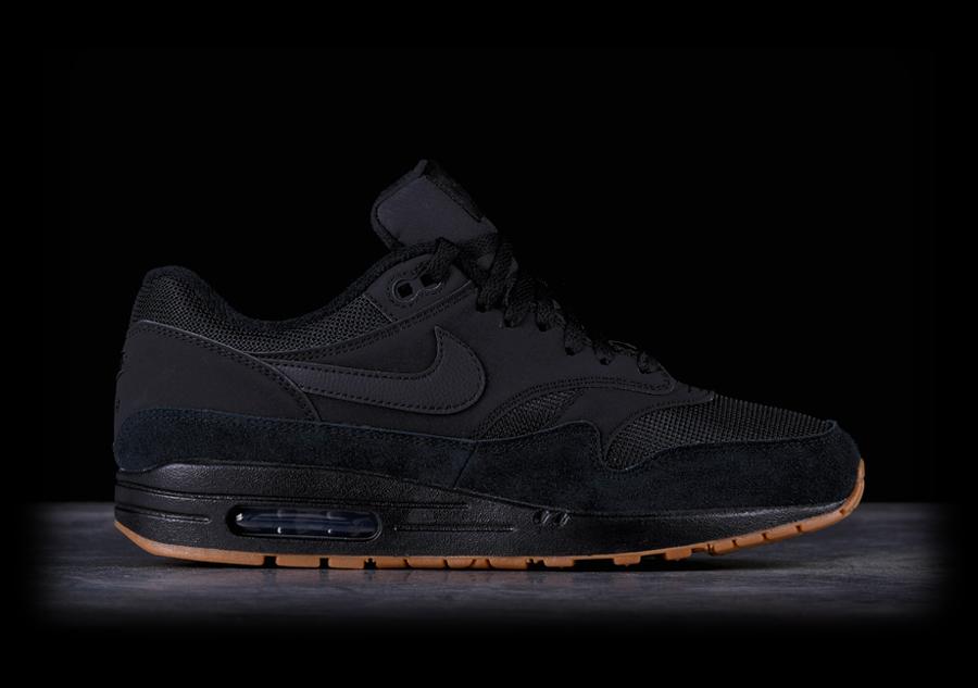 black air max 1