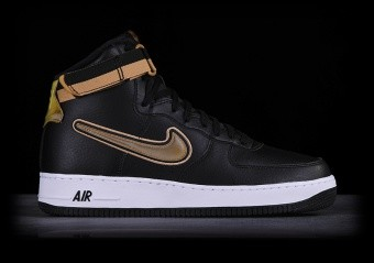 outlet store f21a1 66187 NIKE AIR FORCE 1 '07 LV8 CHENILLE SWOOSH für €107,50 ...