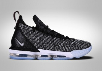 separation shoes 61faf 272c5 SCARPE DA BASKET. NIKE LEBRON 16 OREO