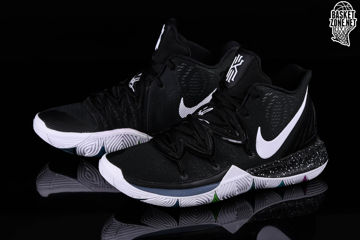 NIKE KYRIE 5 BLACK MAGIC MULTI COLOR Černé cena 3232 29c38f3419