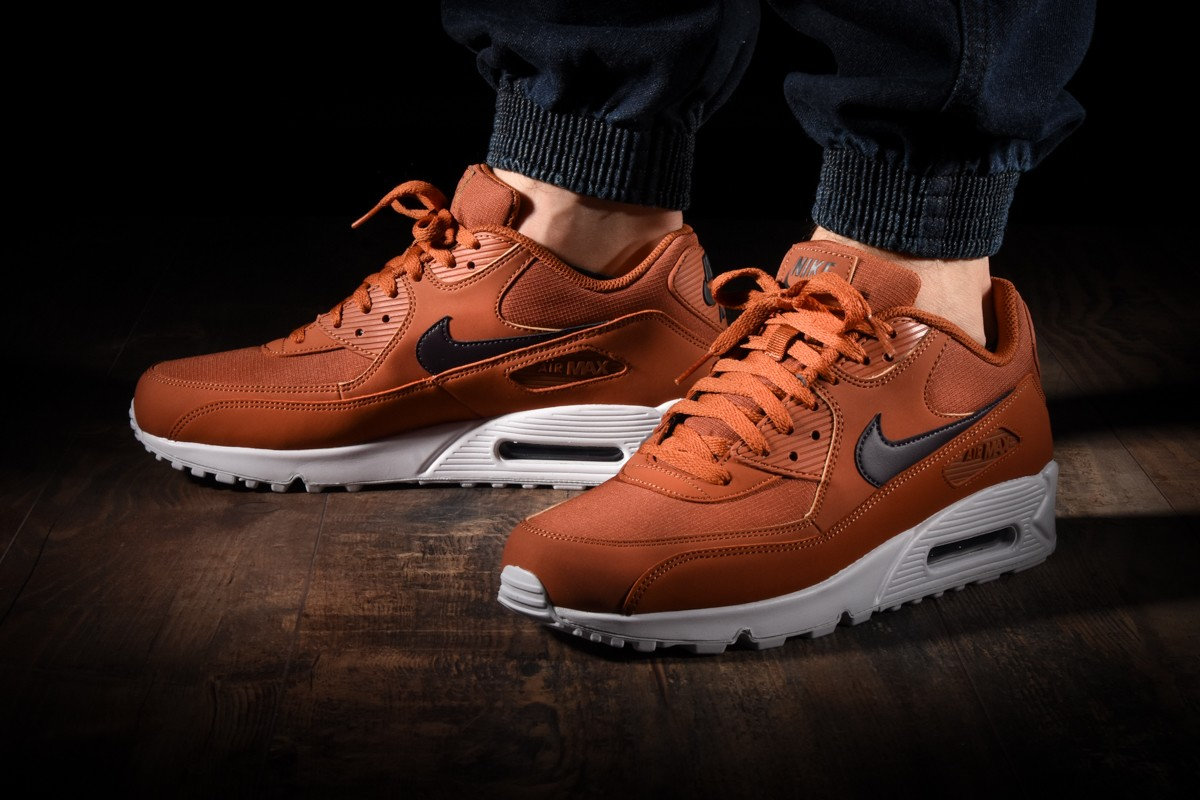 NIKE AIR MAX 90 ESSENTIAL for £125.00 | kicksmaniac.com ...