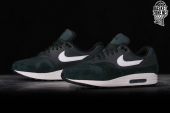 sale retailer 51c67 3c570 NIKE AIR MAX 1 OUTDOOR GREEN