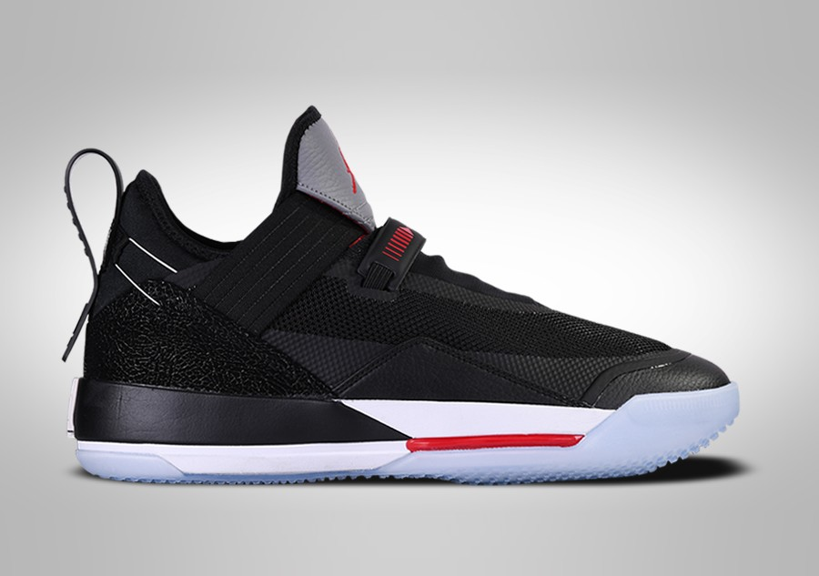 best service 71f2c bf0e6 NIKE AIR JORDAN 33 LOW SE BRED price €172.50   Basketzone.net