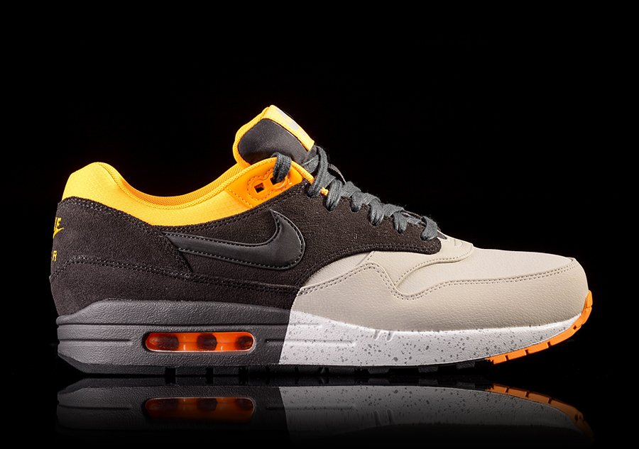Nike Air Max 90 Winter Black Laser Orange Wolf Grey Dark Grey
