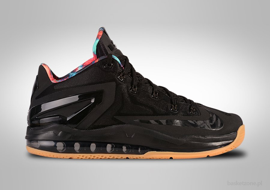 NIKE LEBRON XI LOW BLACK GUM HYPER CRIMSON price €139.00 ... db6725ee43c5
