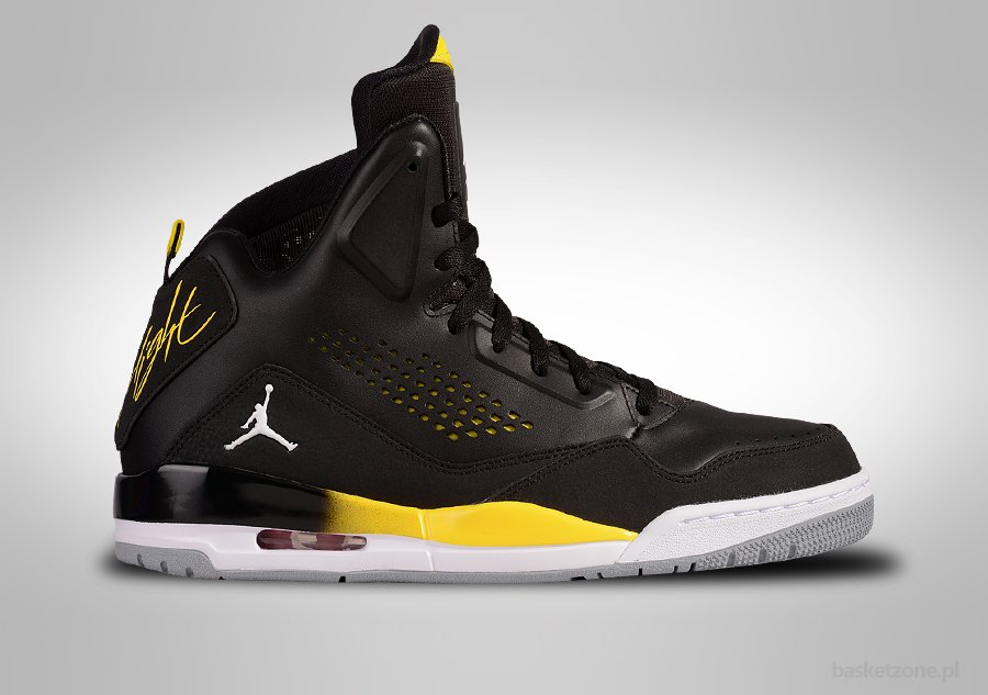 nike air jordan sc-3 black white vibrant yellow fabric