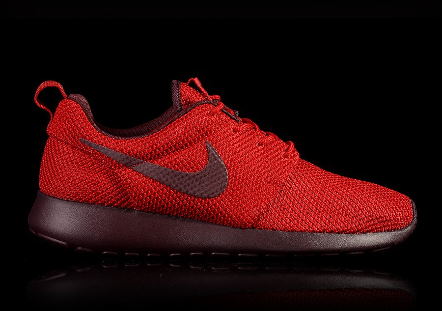 NIKE ROSHERUN GYM RED