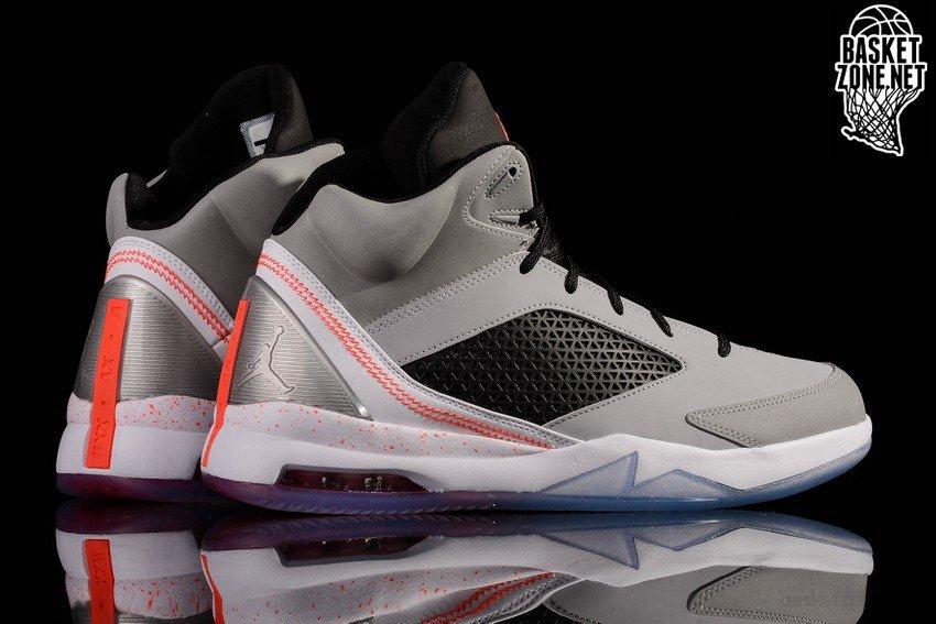 Jordan Vol Air Remix Chaussures