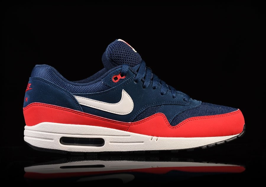 NIKE AIR MAX 1 ESSENTIAL MIDNIGHT NAVY UNIVERSITY RED