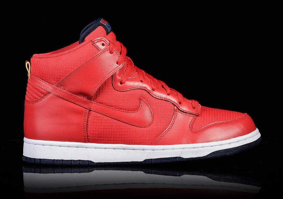 NIKE DUNK HIGH USA UNIVERSITY RED